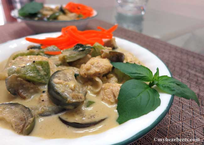 Thai Eggplant And Chicken Green Curry