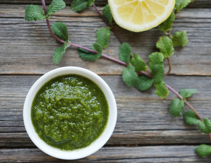 Green Chutney (Cilantro and Mint Chutney) by MyHeartBeets.com