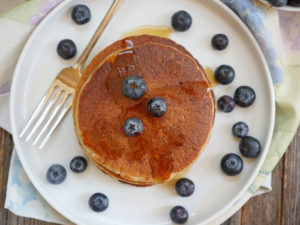 Healthy Oatmeal Banana Pancakes (Gluten-free)