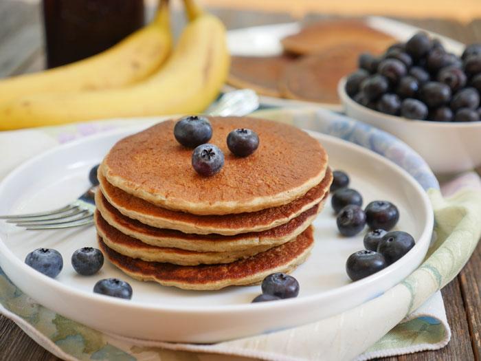 Healthy oatmeal banana pancakes gluten free my heart beets banana oatmeal pancakes by ashley of myheartbeets ccuart Gallery