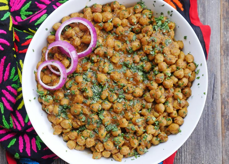 Instant Pot Chana Masala - Punjabi Chole (Spiced Chickpea Curry)