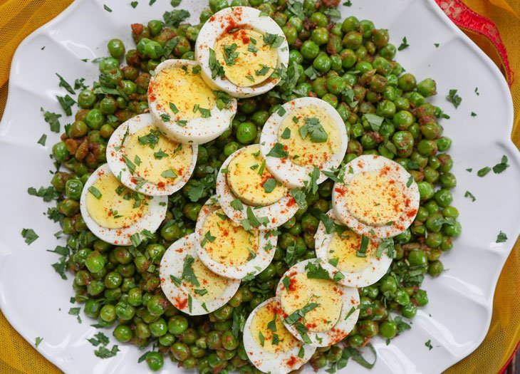 stir-fried green peas with egg (sukhi matar anda ki sabzi)