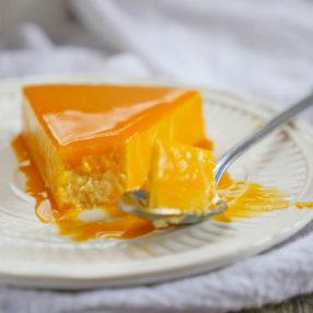 3-ingredient Mango Cheesecake