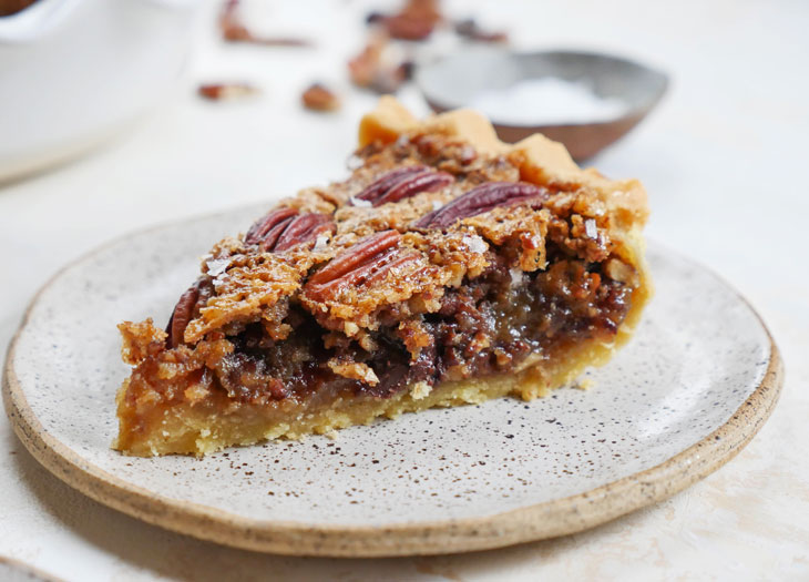 Gluten Free Chocolate Pecan Pie (Paleo, No Corn Syrup)