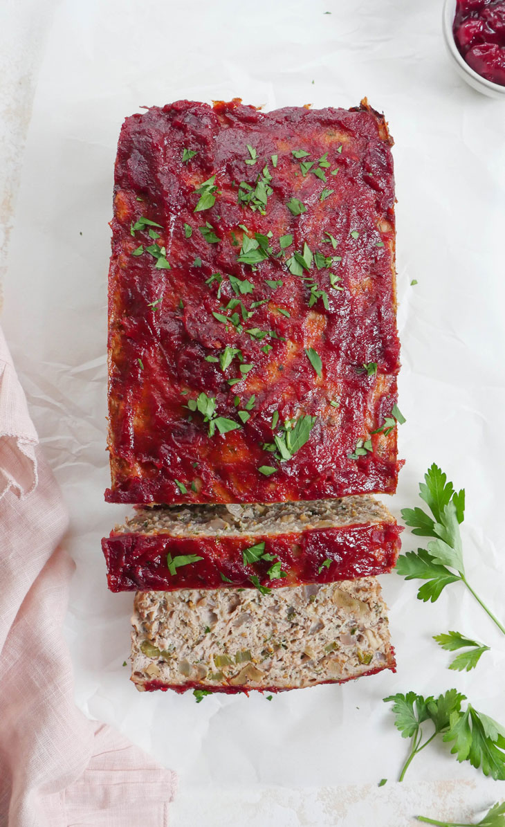 Thanksgiving Meatloaf by myheartbeets.com
