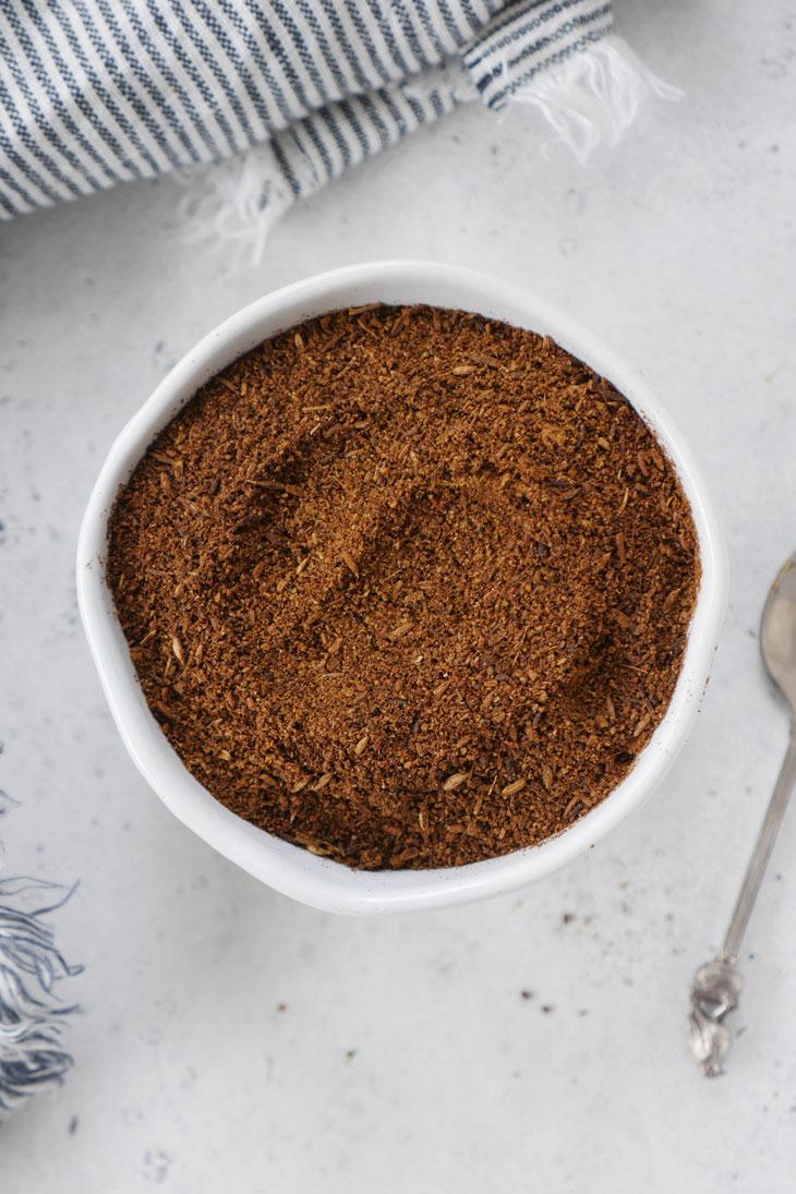 how to make and use roasted cumin powder (bhuna jeera powder)