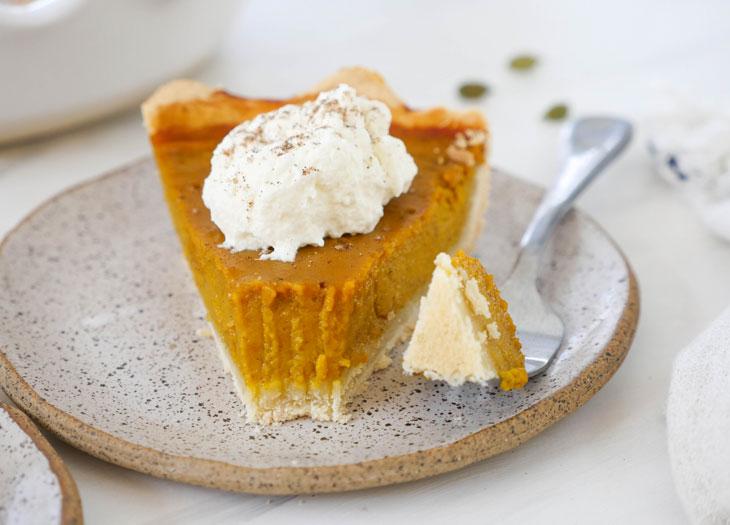masala chai pumpkin pie