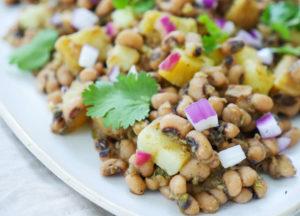instant pot lobia chaat (black eyed pea potato chaat)