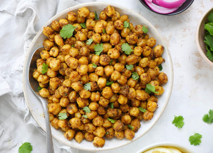 Indian chickpea stir-fry (tawa chole)