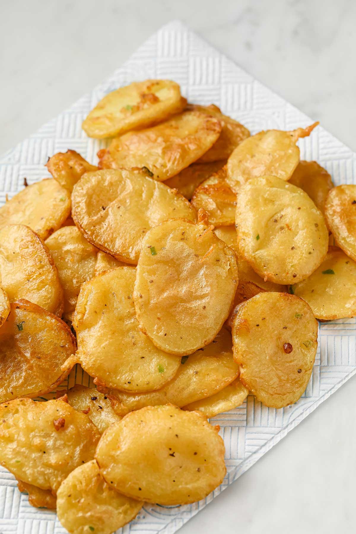 deep fried pakoras